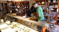 Venez découvrir notre nouveaux film sur la fromagerie lors de vos visites.
